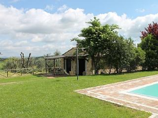 2 bedroom Villa in Colle di Val d'Elsa, Tuscany, Italy : ref 5228484