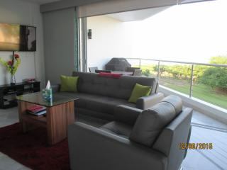 Beach Front beautiful 2 bed condo with ocean view, Puerto Vallarta