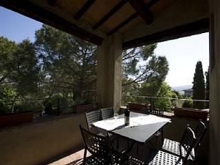 2 bedroom Villa in Colle di Val d'Elsa, Tuscany, Italy : ref 5228485
