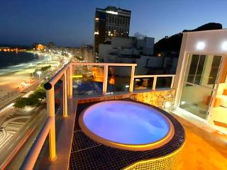 Sexiest penthouse in Rio ocean front&private pool!, Rio de Janeiro