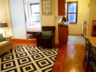 Quiet Oasis in Chelsea - 1BR in Great Location!