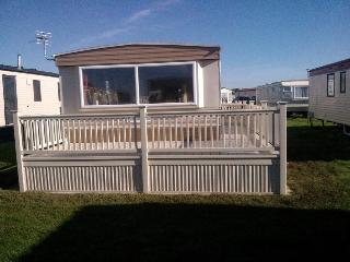 Coastfield, spacious with large veranda