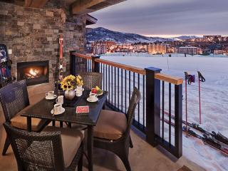 Edgemont - Snowline 4BR Ultra Luxury - Slopeside!