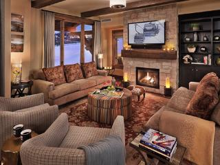 Edgemont - Snowline 4BR Ultra Luxury - Slopeside!, Steamboat Springs