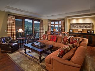 One Steamboat Place Sneak Peak Residence - 4BR with Mountain View, Steamboat Springs