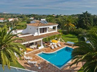 Villa 4 bedrooms Albufeira, Olhos de Água