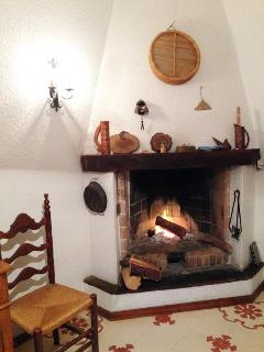 The fireplace of the dining room