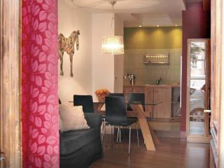 charming mini loft on 2 levels in lovely center, Trieste