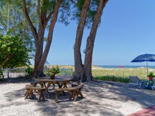 Gulffront Cottages Sandy Shores/PATIO