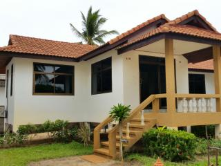 At Beach Pool & Bungalow 1 Bedroom A