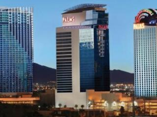 Amazing Luxury High Rise Condo, Las Vegas