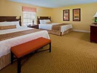 Guest Bedroom (2 Queen Beds)