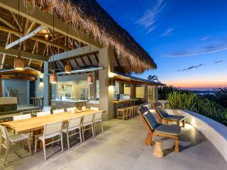 Sunset House, Sleeps 14, Tamarindo
