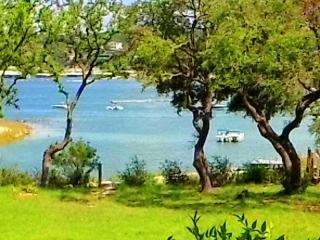 Lakefront Townhouse on Lake Travis, Point Venture