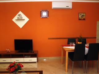 TH02001 Apartments Jukan / One bedroom A4, Pula