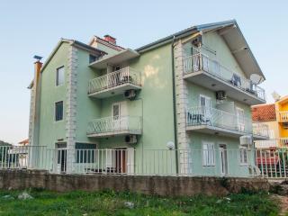 TH01213 Apartments Vukšić / Studio A1, Zlarin Island