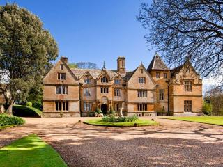 Stockdale Manor, Mears Ashby