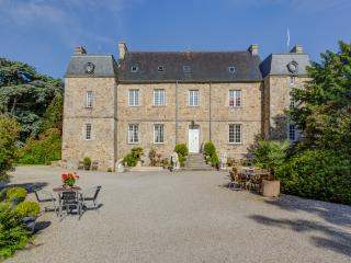 C16th Normandy Chateau, Tamerville