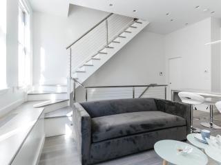 Hyper-Modern 3 Bedroom Townhouse in the Financial District, Nueva York