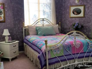 THE ABBY BEDROOM IS READY TO RENT, Saint George