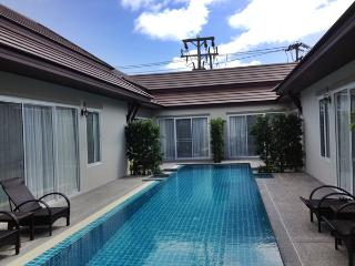 CHR406 Beautiful One Bed Villa Share Pool In Bang Jo, Bang Tao Beach