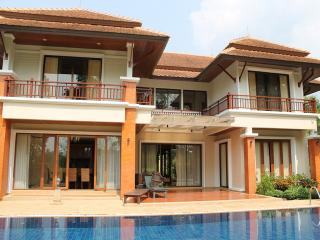 LAY116 Luxury homes villa near  the Laguna golf club, Choeng Thale