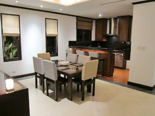 LAY125 Contemporary Thai style villa with 4 bedrooms, Cherngtalay