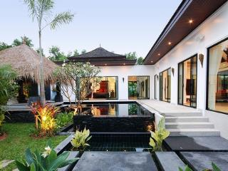 LAY140 Luxury 3 bedrooms villa with stunning view, Choeng Thale