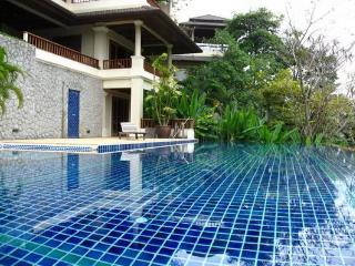 LAY489 4 Bedroom Perfect Living Villa Near Layan Beach, Choeng Thale