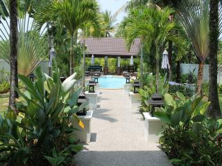 NAT153 Luxury 5 bedroom private pool villa near NaTai Beach, Khok Kloi
