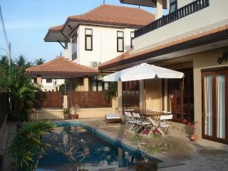 NYG155 Thai Contemporary pool villa with 5 bedrooms, Nai Yang
