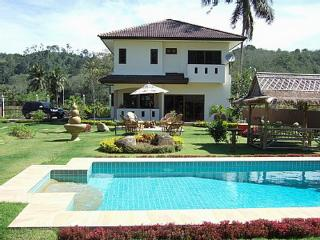 NYG156 Private pool villa with wonderful landscaped gardens, Nai Yang