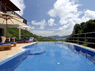 PAT272 Five Bedroom Patong Sea View Villa