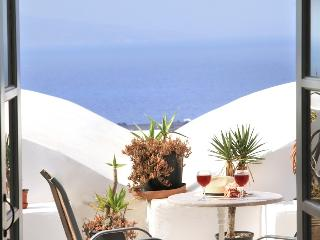 White loft studio- shared terrace