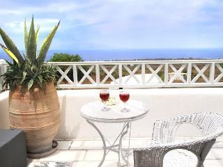 Apartments in Oia - Santorini 2