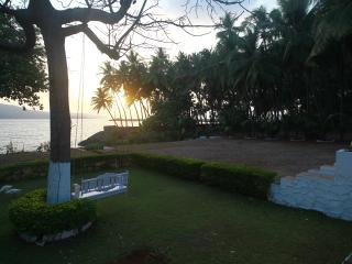 The Little Paradise on a Beachfront, Murud