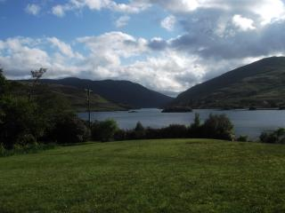 Riverside Cottage - Fully Booked, Leenane