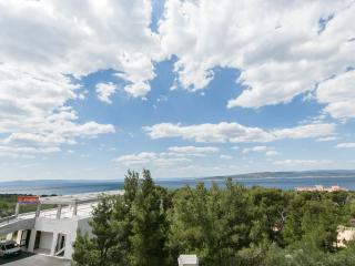 Modern Apt For 4-5 With Sea View, Baska Voda