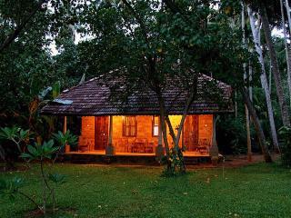 Kerala Splendid Luxurious Kollam non a/c rooms