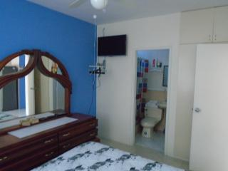 3 Bedroom Fully furnished Villa in Salinas.