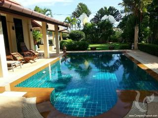 3 bdr Villa for short-term rental  Phuket - Rawai PH-V-3bdr-63
