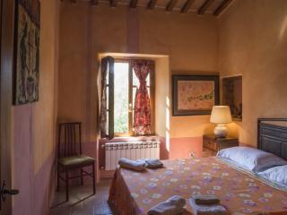 stylish,comfy and bright rooms, Radicondoli