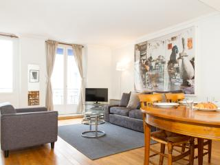 41. LARGE & CENTRAL APARTMENT-ST GERMAIN DES PRÈS, Paris