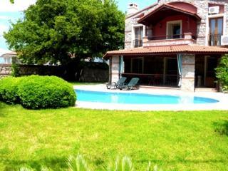 Fethiye Hisaronu 3 Bedroom Villa1537