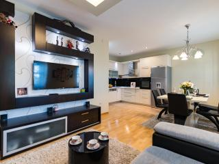 Exclusive Apartment ALBA ROSA, Split