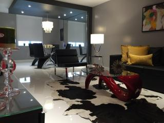Lovely + Luxury @: this Unique Apartment In South Beach (Property#102), Miami Beach