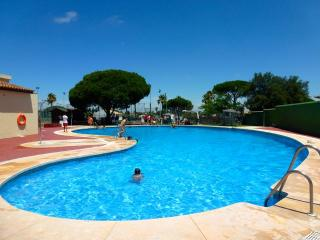 La Barrosa beach, pool and parking space, Novo Sancti Petri