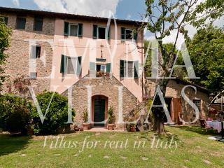 Villa Veronica 12, Lucca