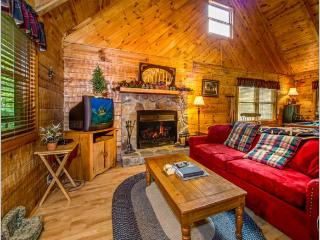 "2 BR/ 2 BA ""A GREAT ESCAPE"" cabin in Pigeon Forge, Sevierville"
