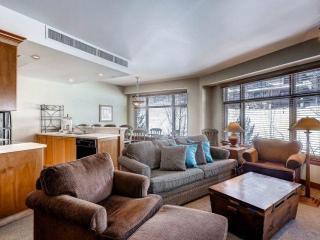 Sundial 2 Bedroom Slopeside Suite B414 AB